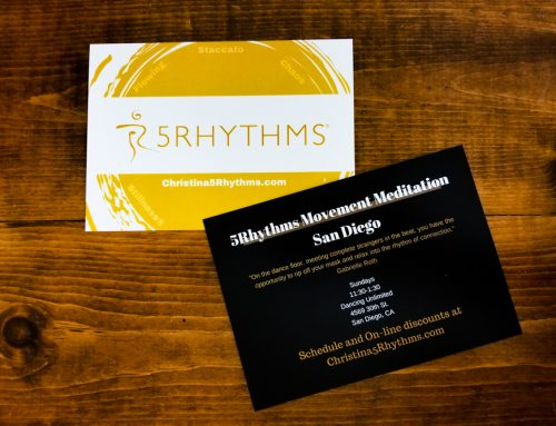 Matte vs. Glossy business cards: Which one is best for you?